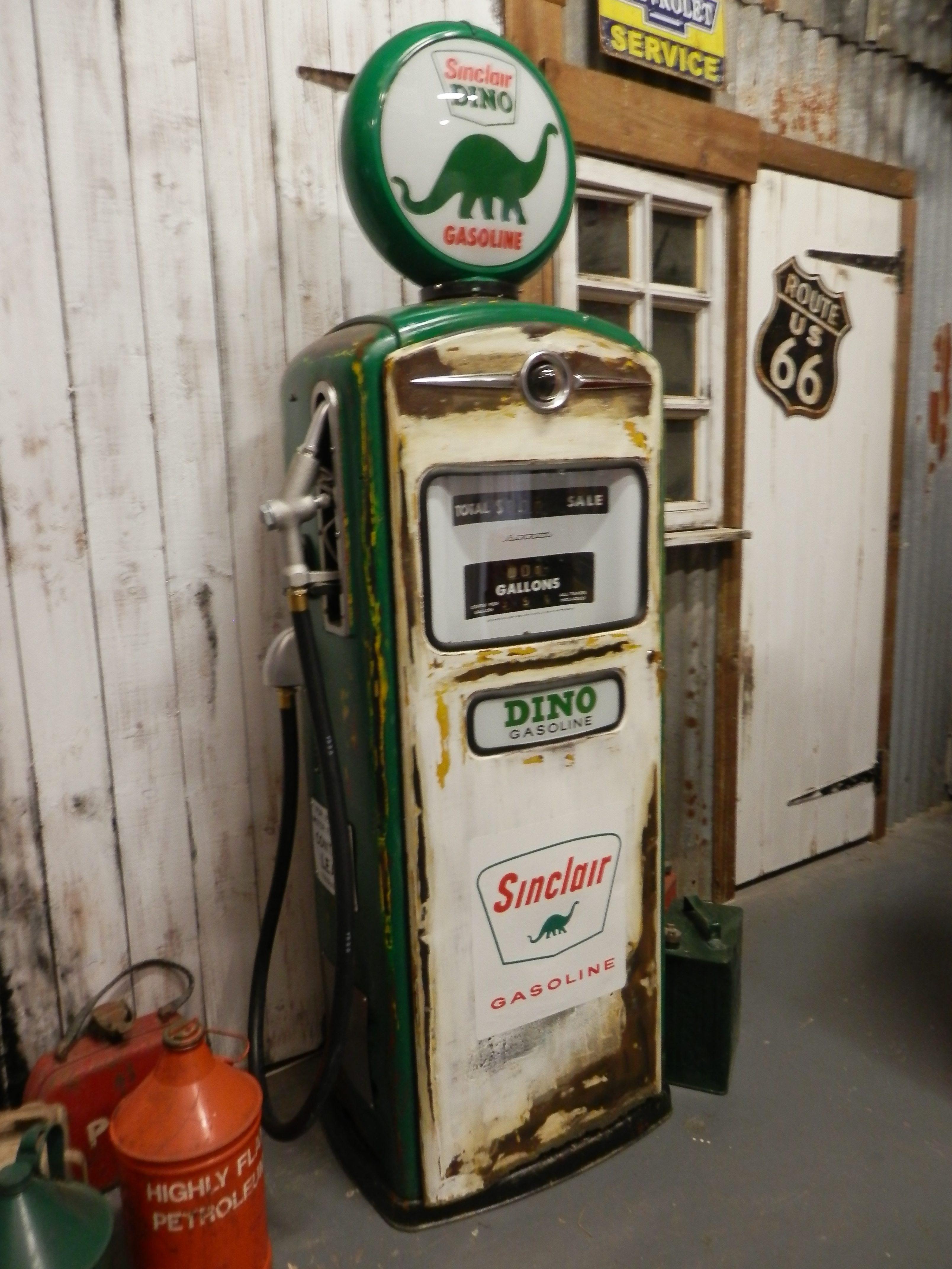 Bennett 900 gas pump