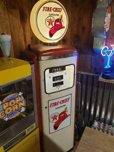 Tokheim 300 gas pump